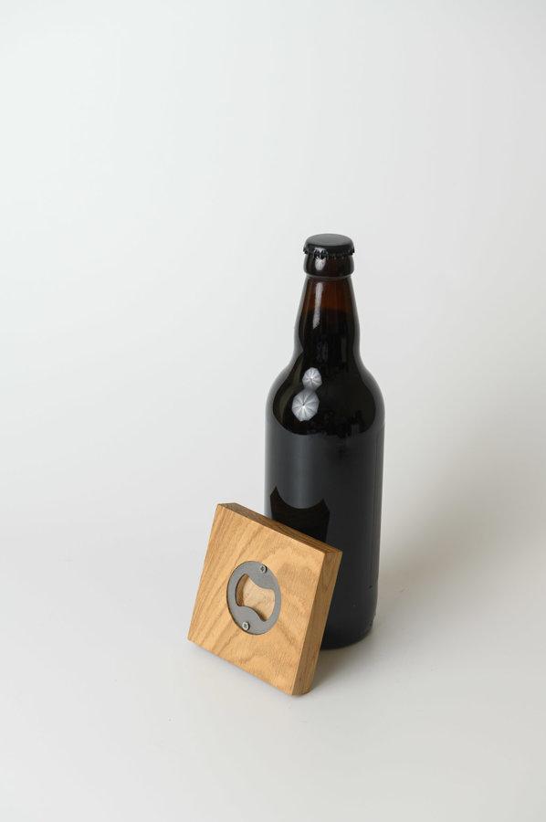 Glāžu paliktnis  + pudeļu atvērējs