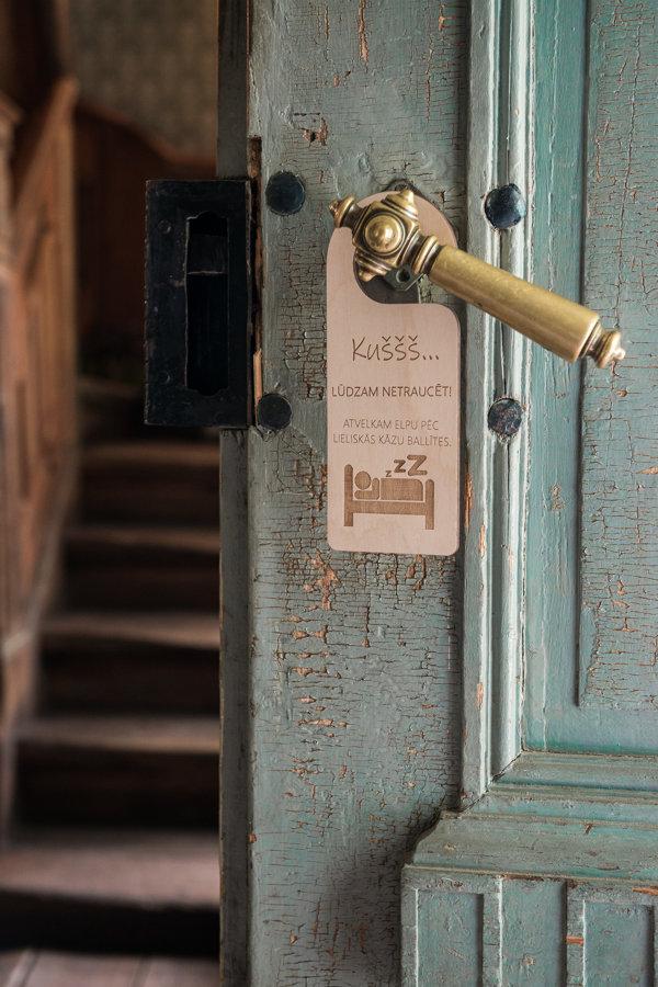 Durvju zīme - viesu numuriem