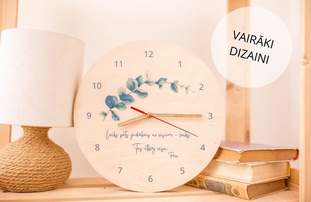 Pulkstenis ar citātu