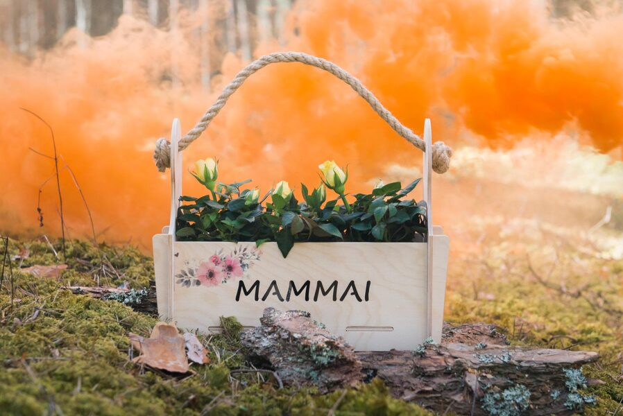 Ziedu kaste Mammai nr. 3